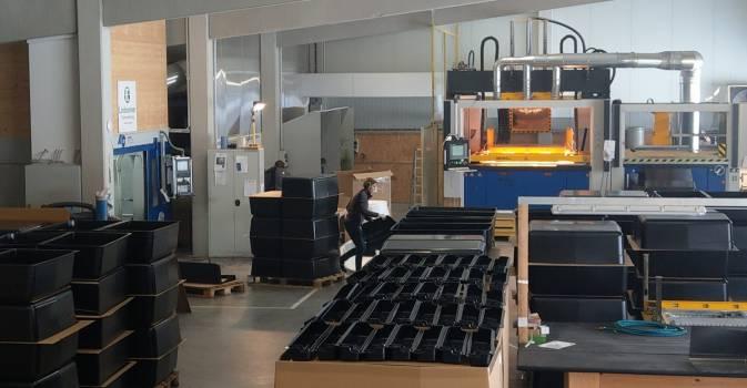 Produktion Kunststoffteile Vakuumtiefziehen